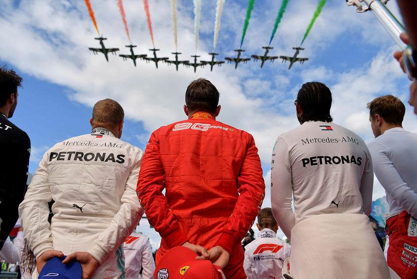 Frá vinstri: Valtteri Bottas, Charles Leclerc og Lewis Hamilton við ...