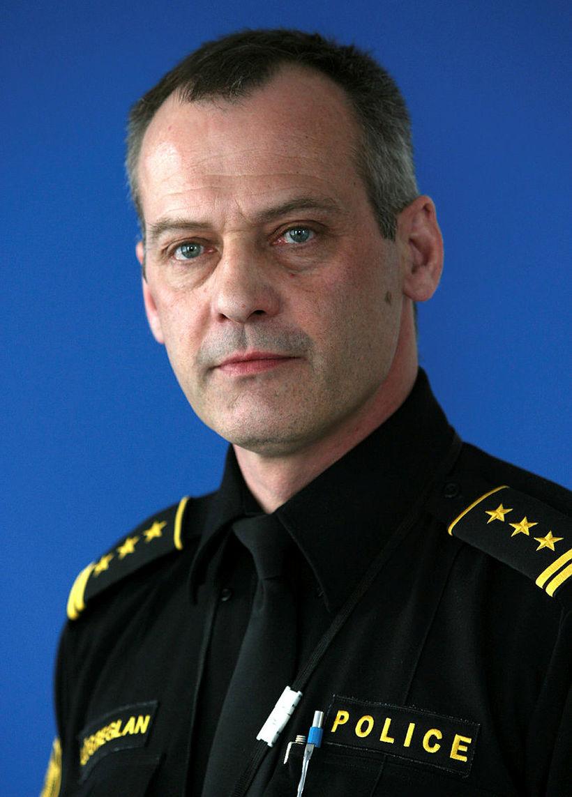 Jón F. Bjartmarz.