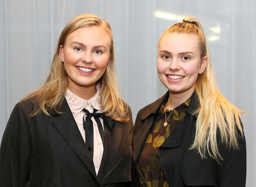 Systurnar Elísabet og Rannveig Erlendsdætur.