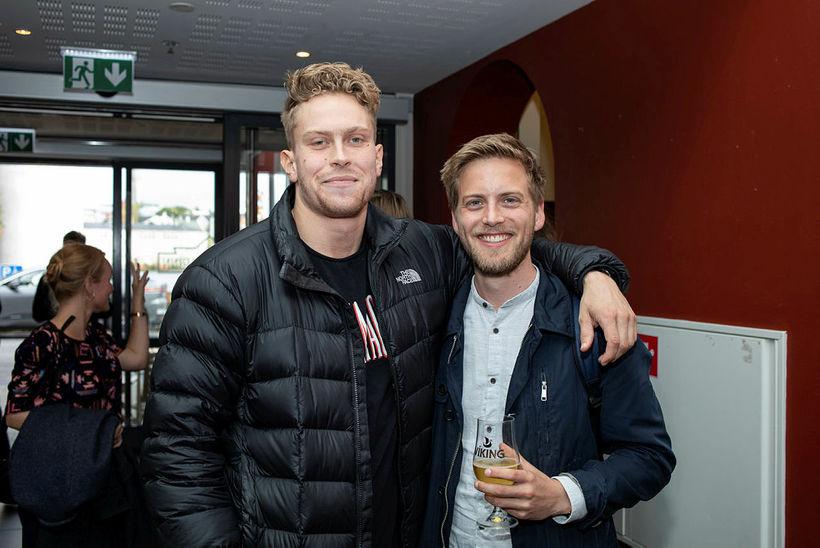 Ástmundur Kolbeinsson og Jónas Atli Gunnarsson voru ánægðir með útgáfuboðið.