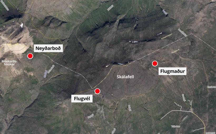 Upphaflegir útreikningar á staðsetningu neyðarboðsins sýndu að vélin væri í ...