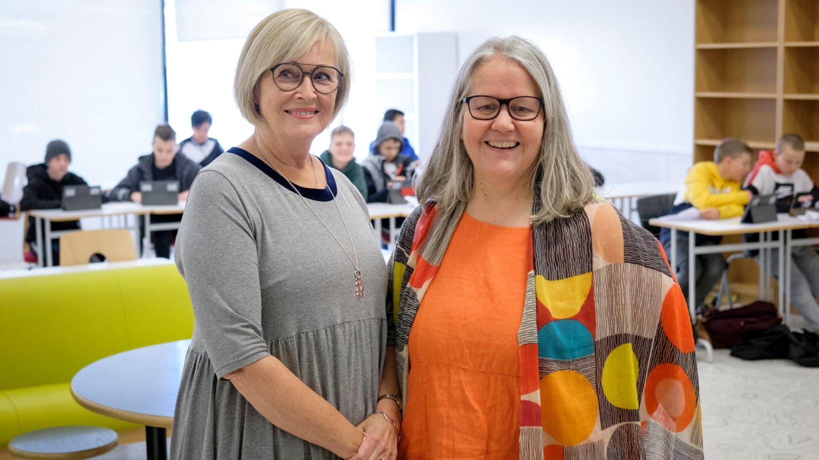 Nanna Kristín Christiansen og Edda Kjartansdóttir, aðstoðarskólastjóri Hörðuvallaskóla.