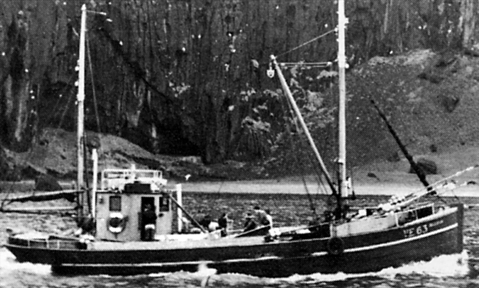 Ársæll Sveinsson átti bátinn og gerði út frá 1928 til …