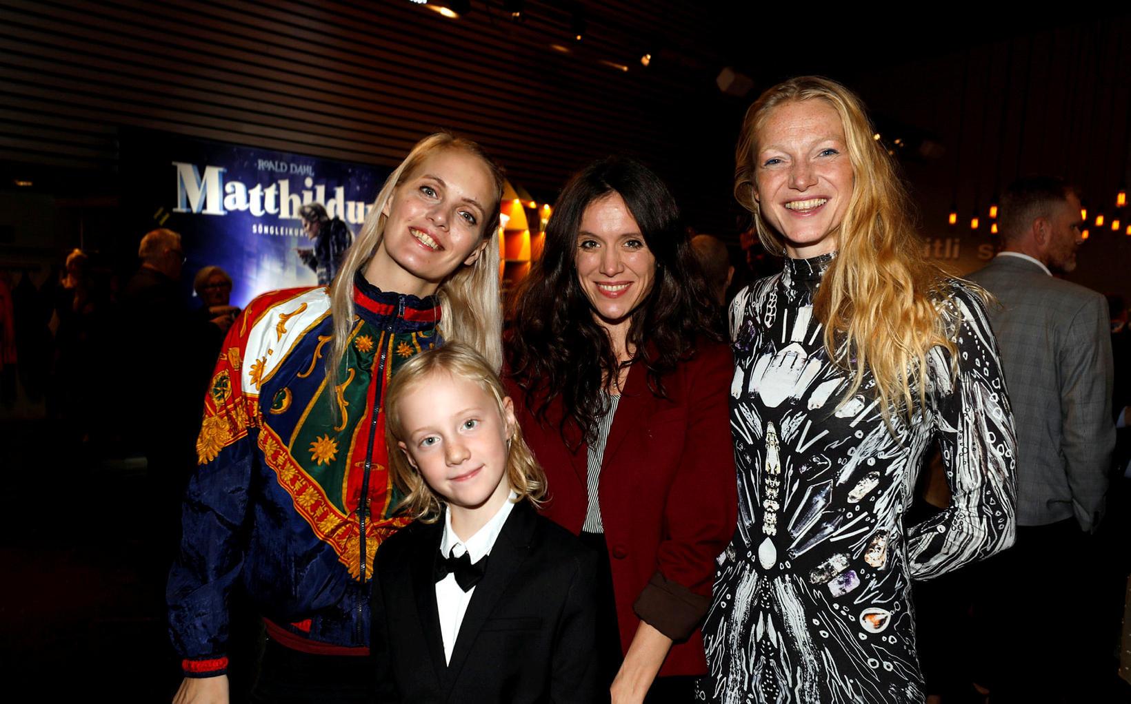 Dóra Jóhannsdóttir, Ragnar Eldur Jörundsson, Kristín Anna Halldórsdóttir og Saga …