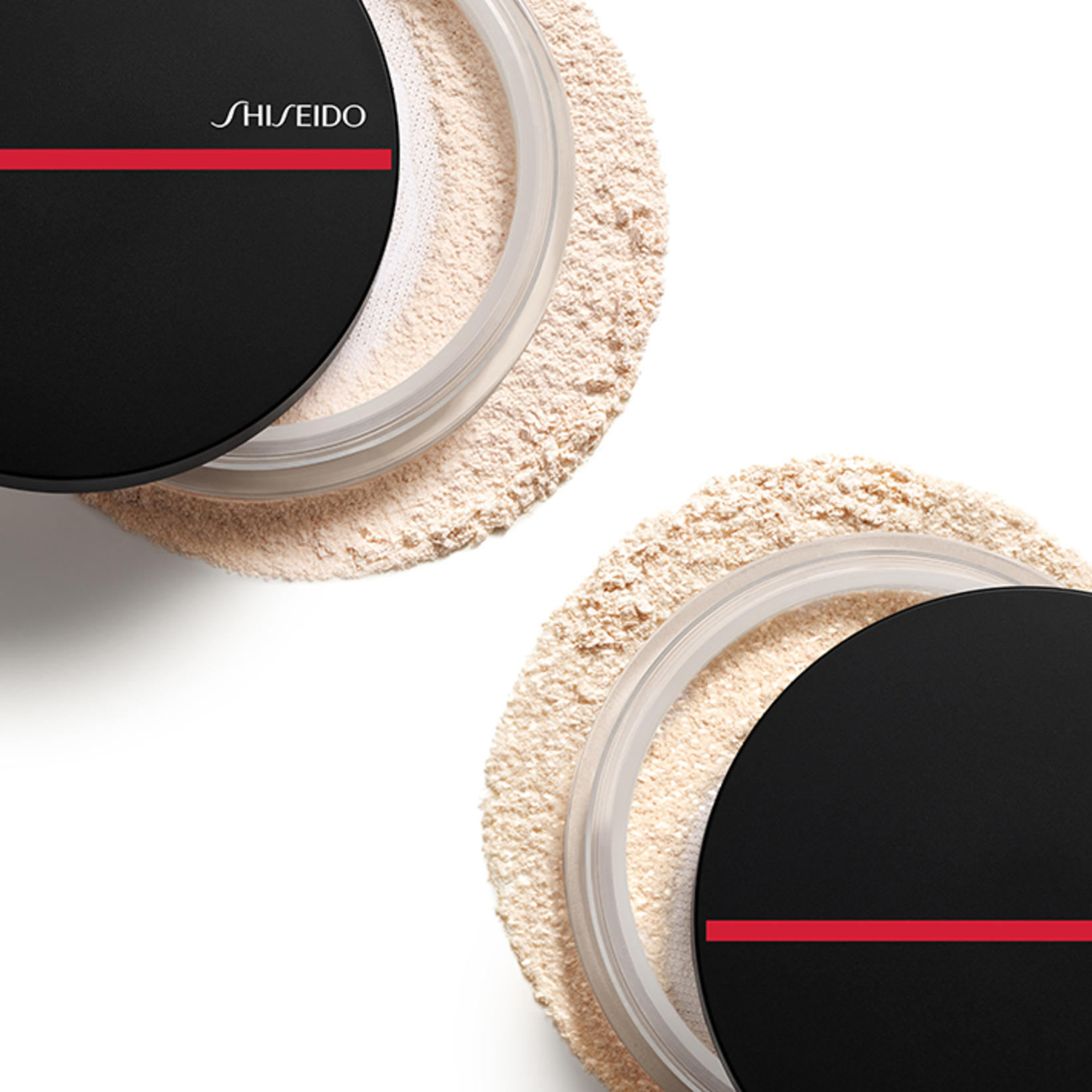 Shiseido Synchro Skin Invisible Silk Loose Powder er í boði ...