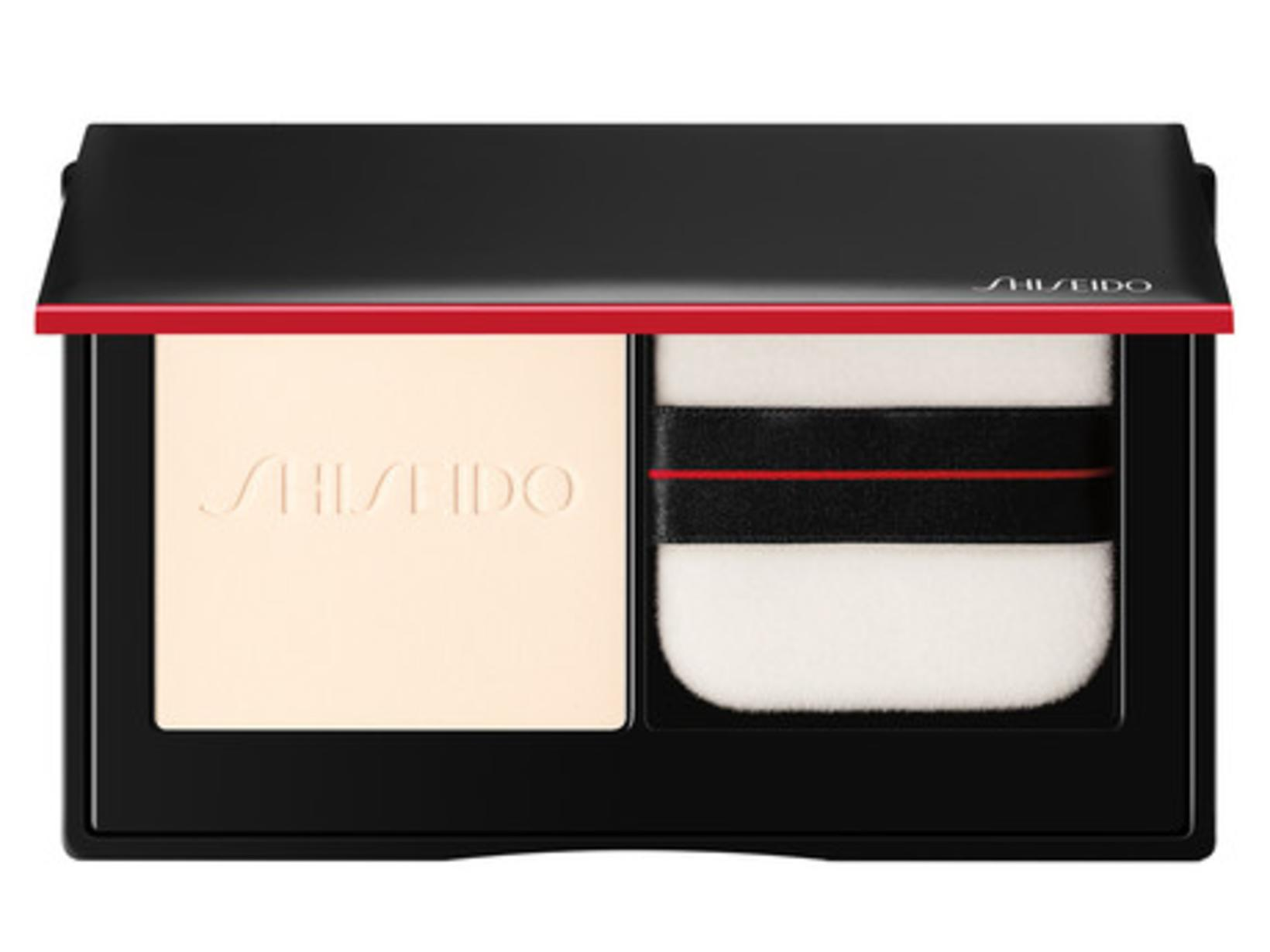 Synchro Skin Invisible Silk Pressed Powder mattar húðina og dregur ...