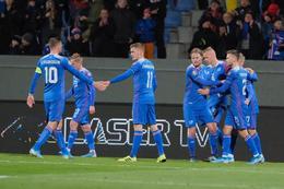 Celebrating Arnór Sigurðsson's goal.