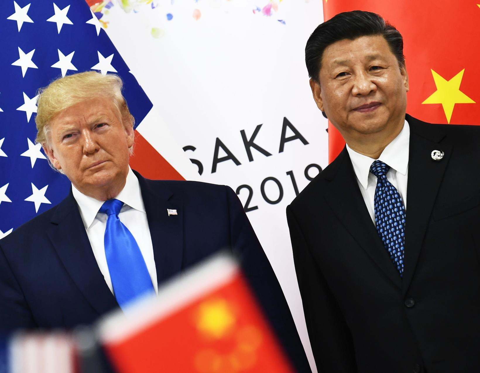 US President Donald Trump and Chinese President Xi Jinping in …