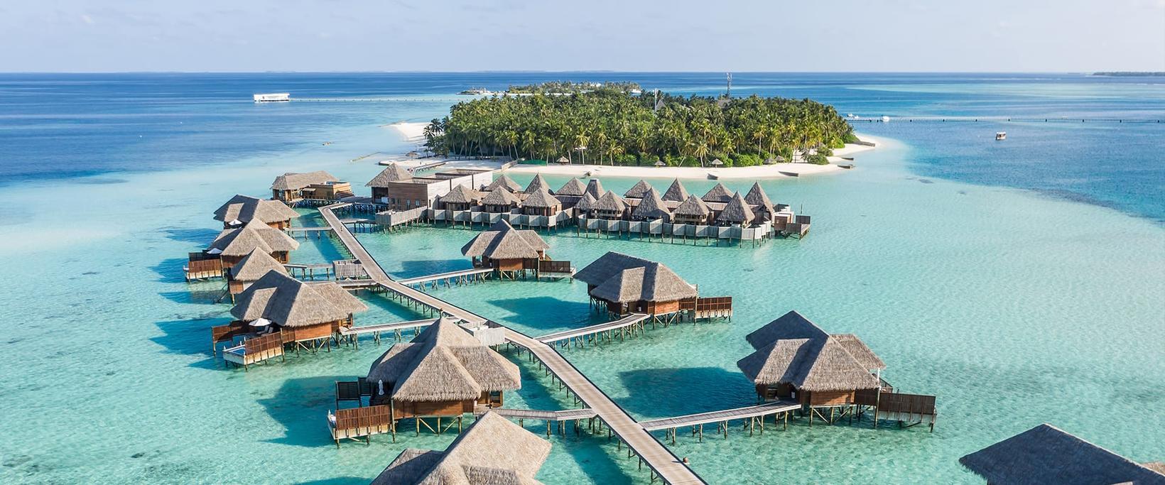Hér má sjá Conrad-hotel á Maldíveyjum.