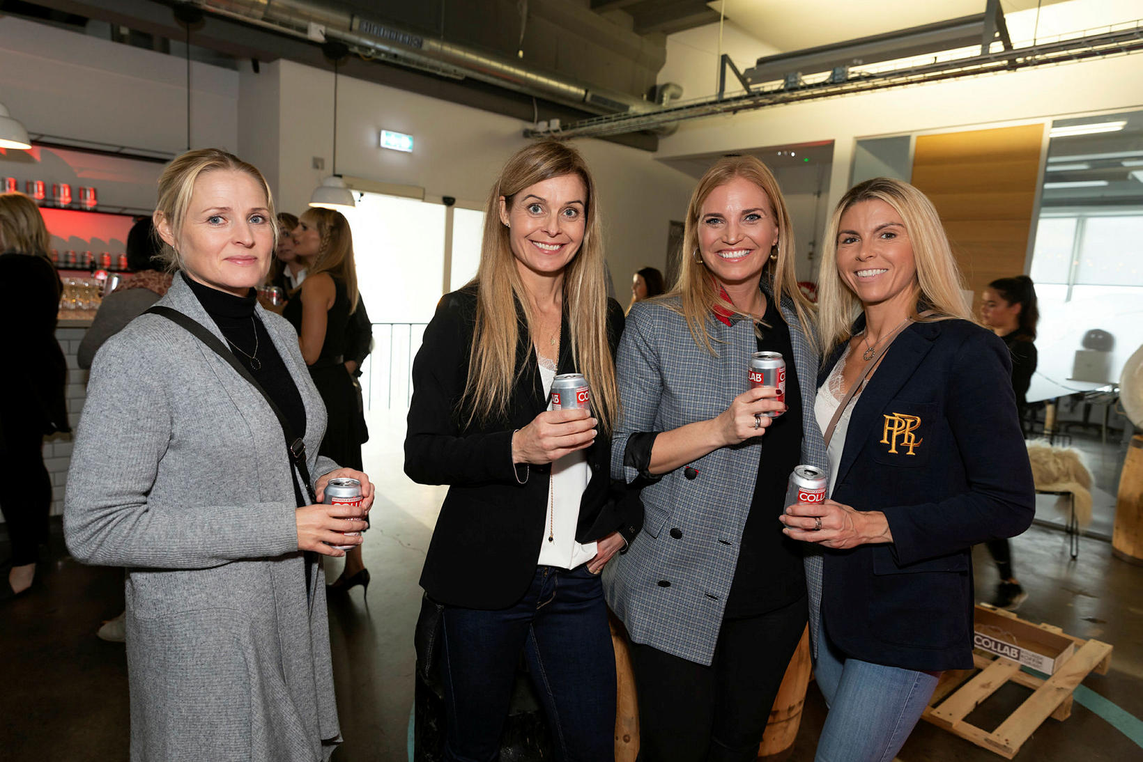 Kristín Einarsdóttir, Vaka Rögnvaldsdóttir, Ásta Pétursdóttir og Anna Eiríksdóttir.