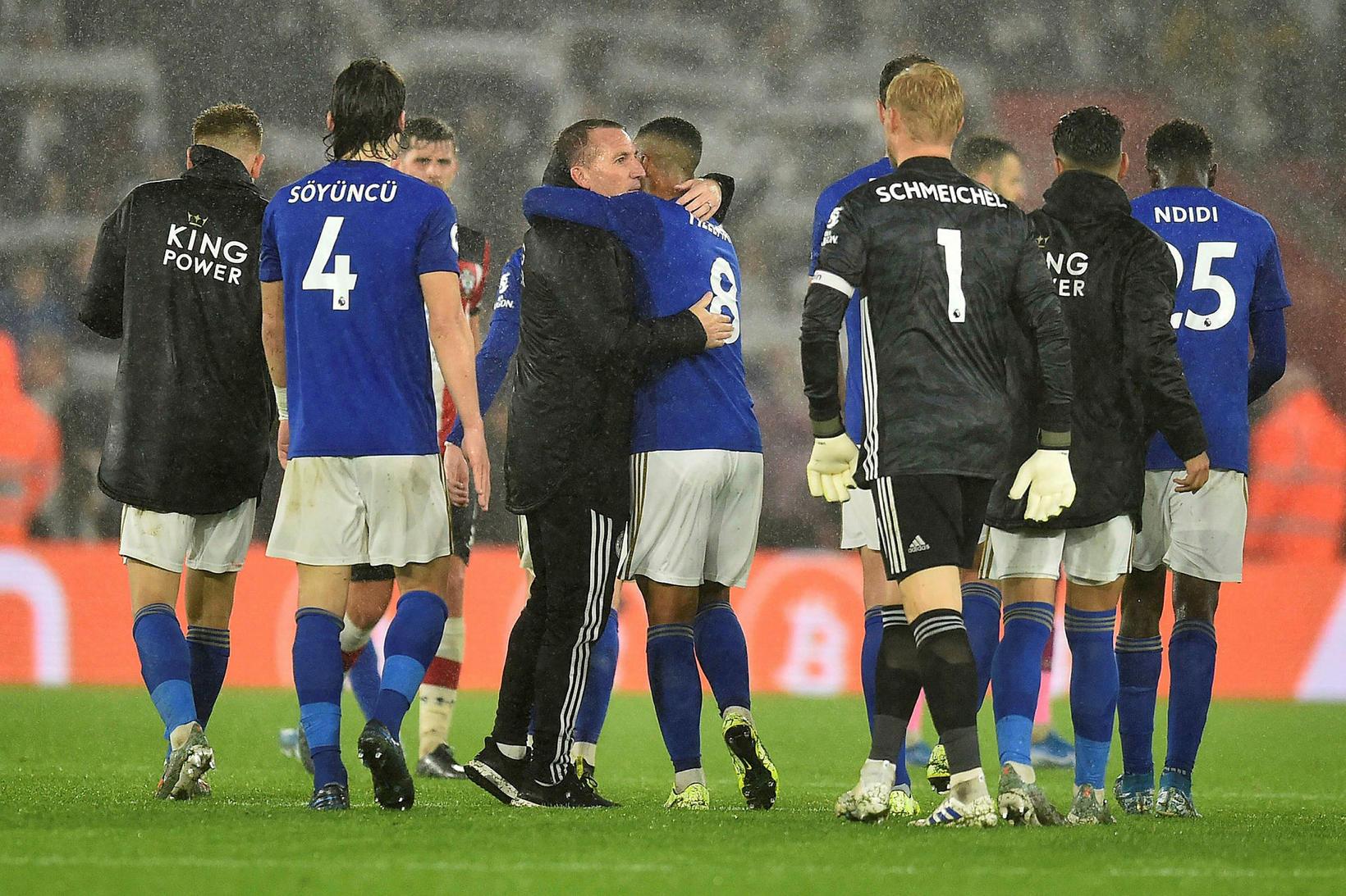 Leicester skoraði níu mörk gegn Southampton í gær.