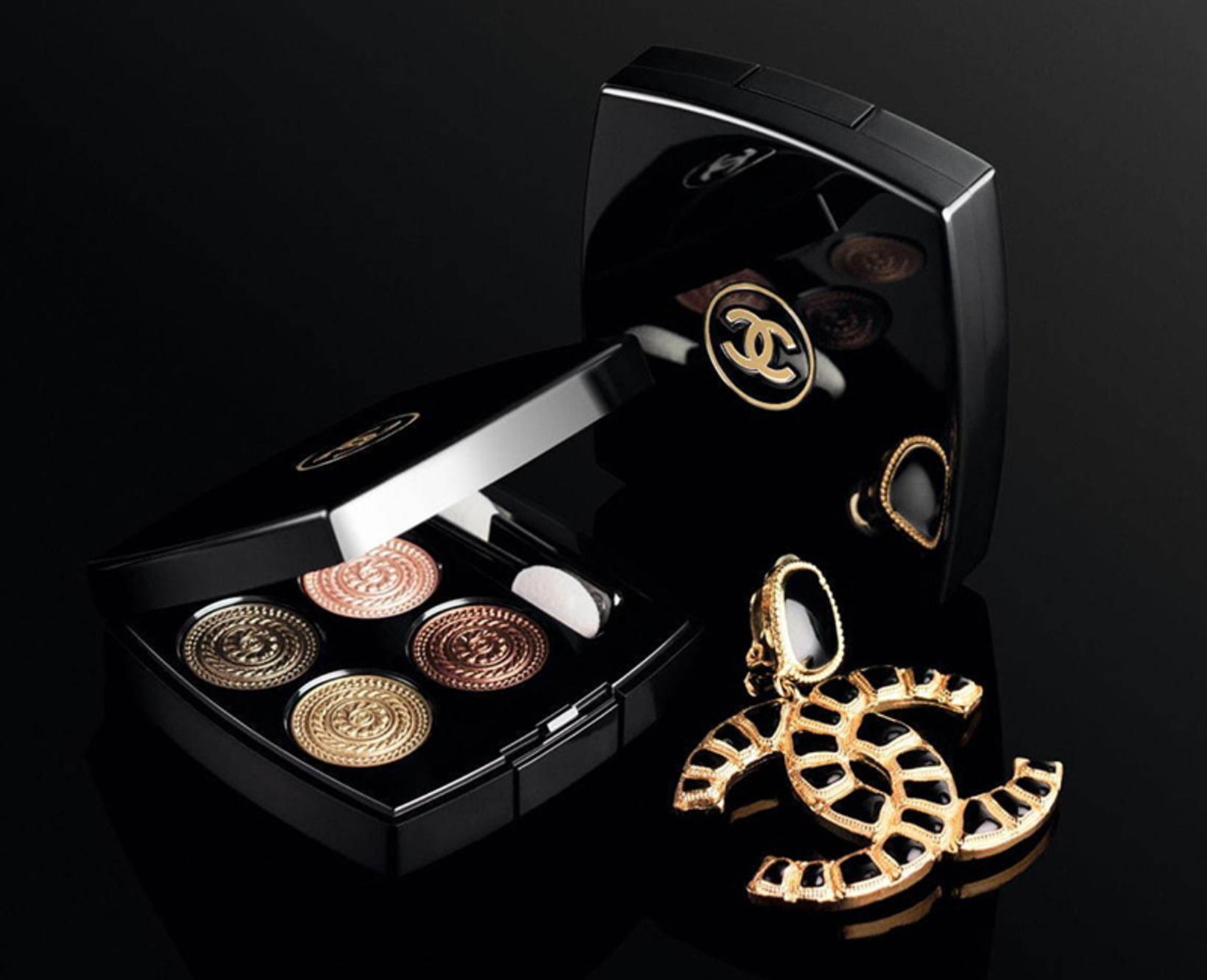 Chanel Les 4 Ombres í litnum Lumiére et Opulence.