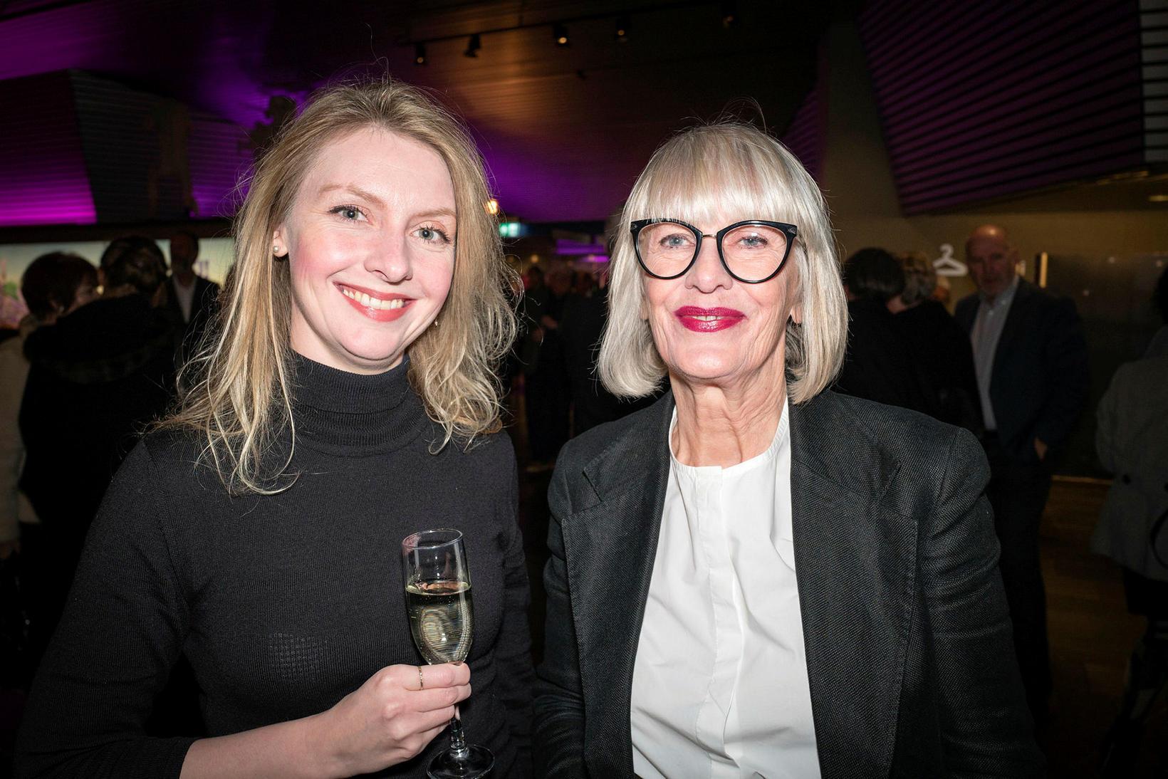 Sigríður Dóra Jóhannsdóttir og Helga Björg Gylfadóttir.
