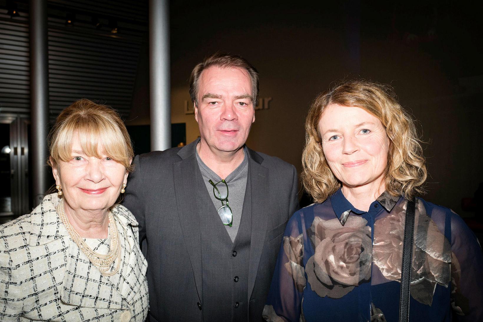 Ragna Sigurðardóttir, Kristín Jóhannesdóttir og Björn Bergsteinn.