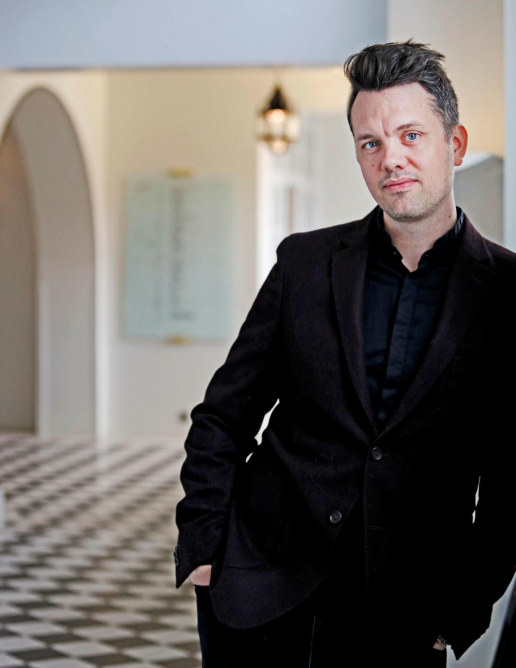Conductor Daníel Bjarnason.