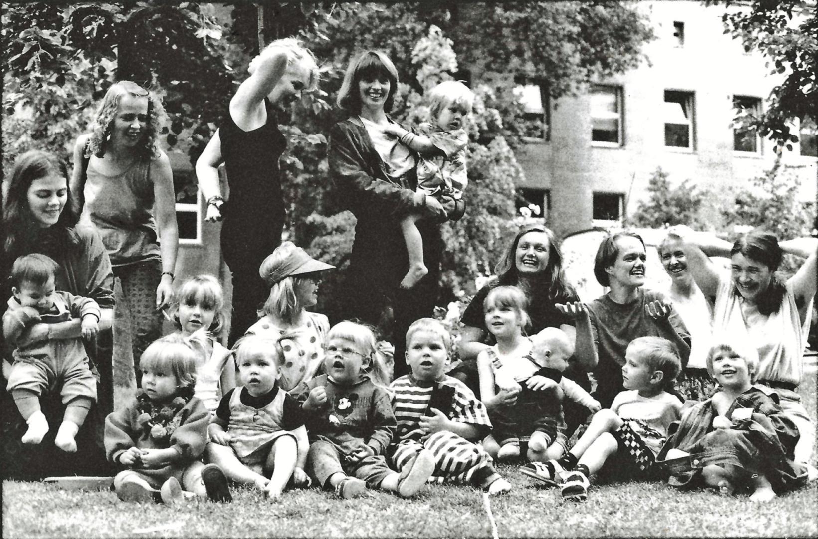 Þessa mynd tók Ósk Vilhjálmsdóttir 17. júní 1989 af stórum ...