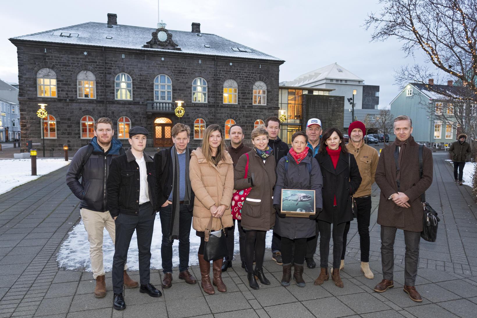 Fulltrúar Patagonia, Icelandic Wildlife Fund, Verndarsjóðs villtra laxastofna (NASF), Landssambands ...