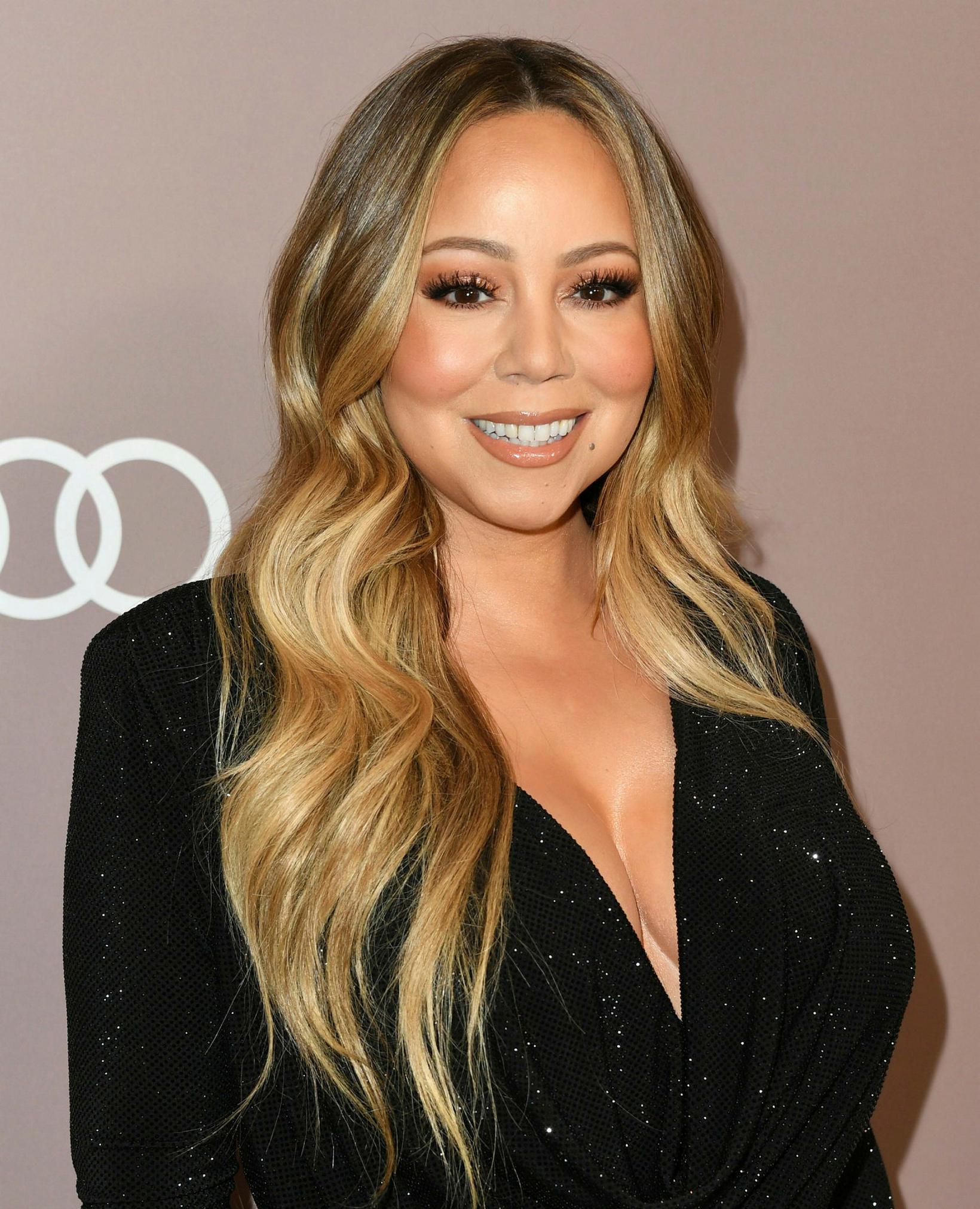 Mariah Carey deilir með fylgjendum sínum upptöku af því þegar …