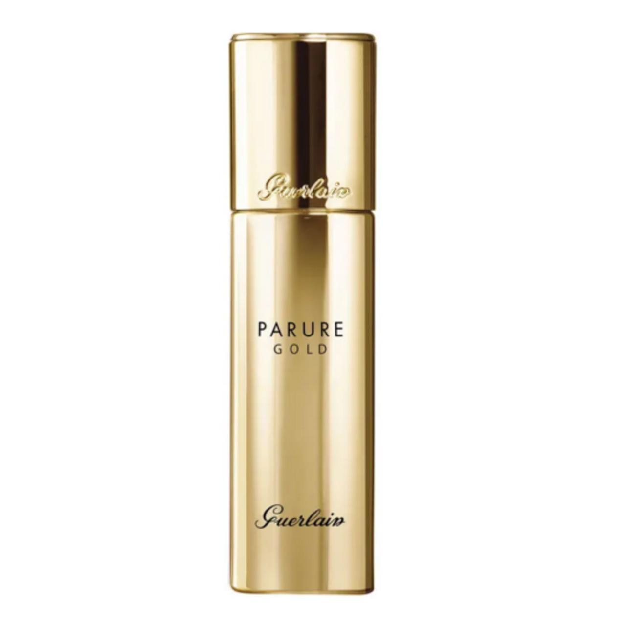 Guerlain Parure Gold Radiance Foundation SPF 30.