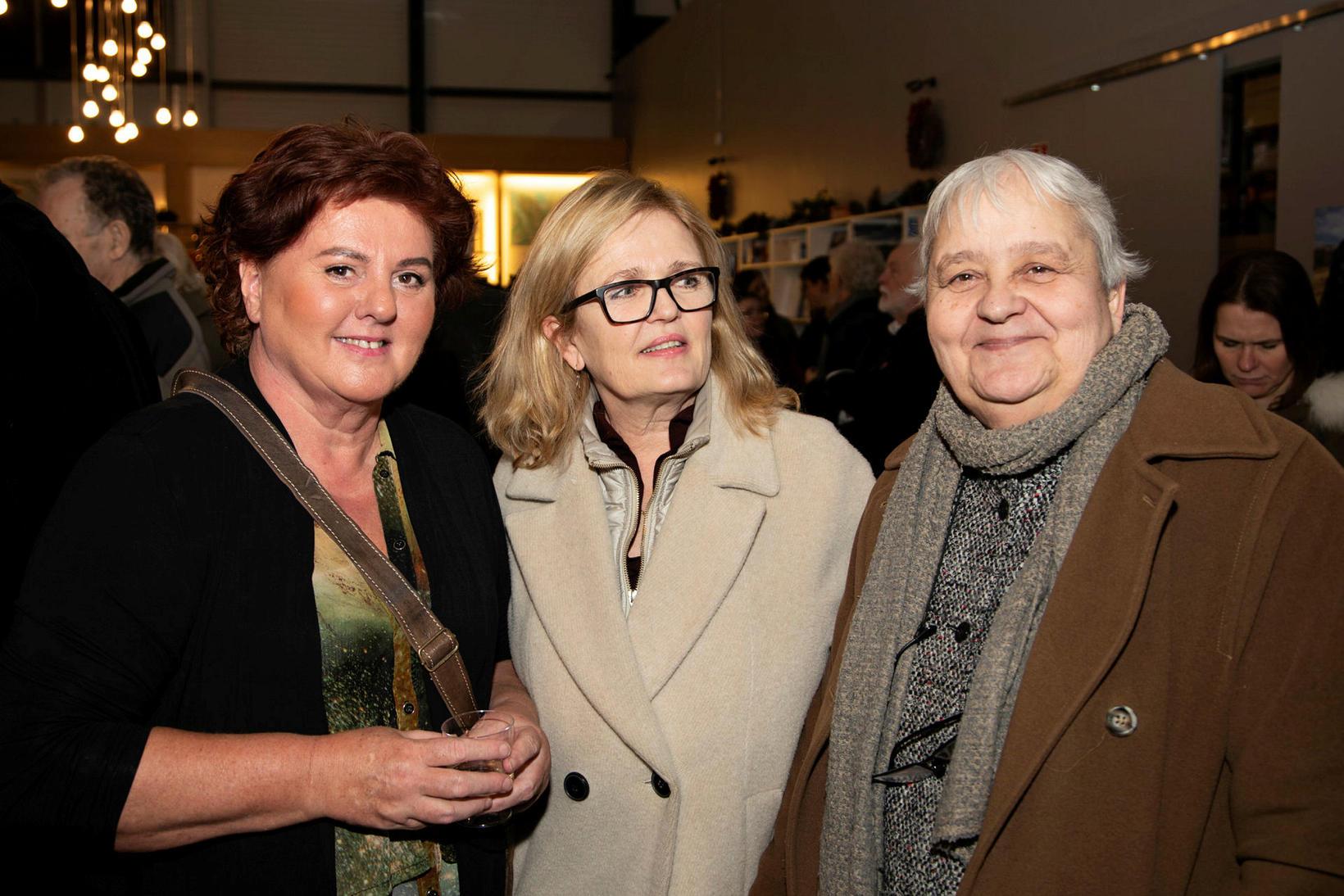 Hugrún Jóhannesdóttir, Ragna Ólafsdóttir og Inga Lára Baldvinsdóttir.