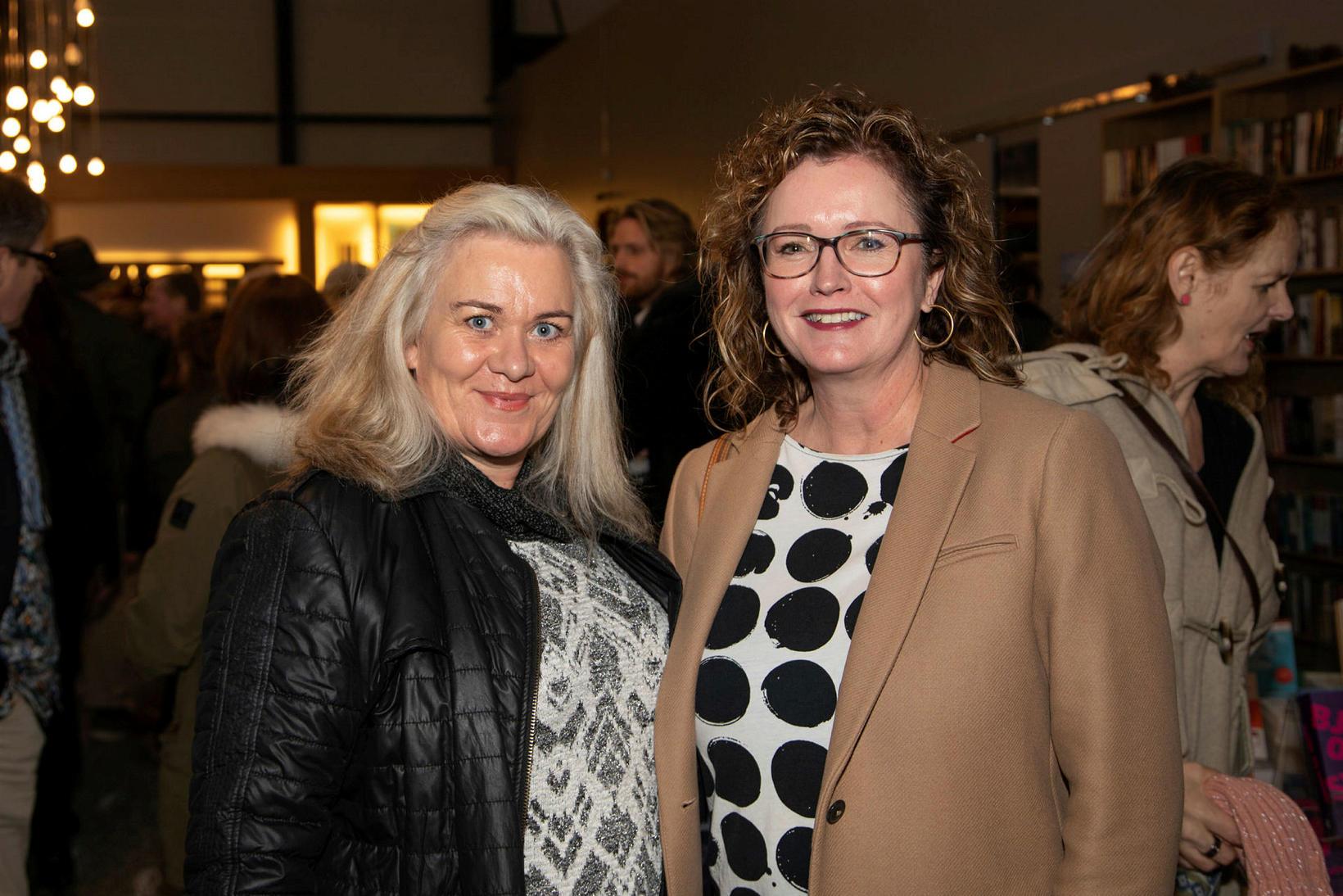 Rakel Sveinsdóttir og Jensína Kristín Böðvarsdóttir.