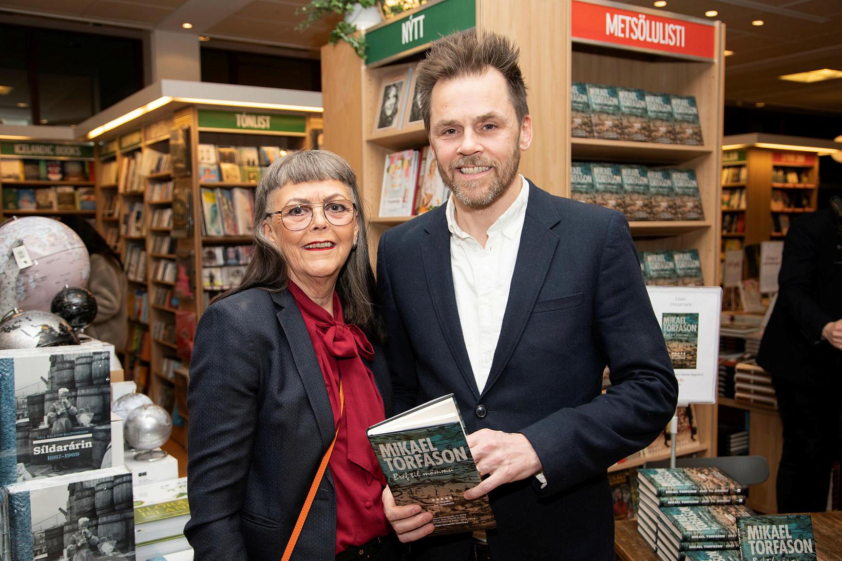Hulda Fríða Berndsen og Mikael Torfason.