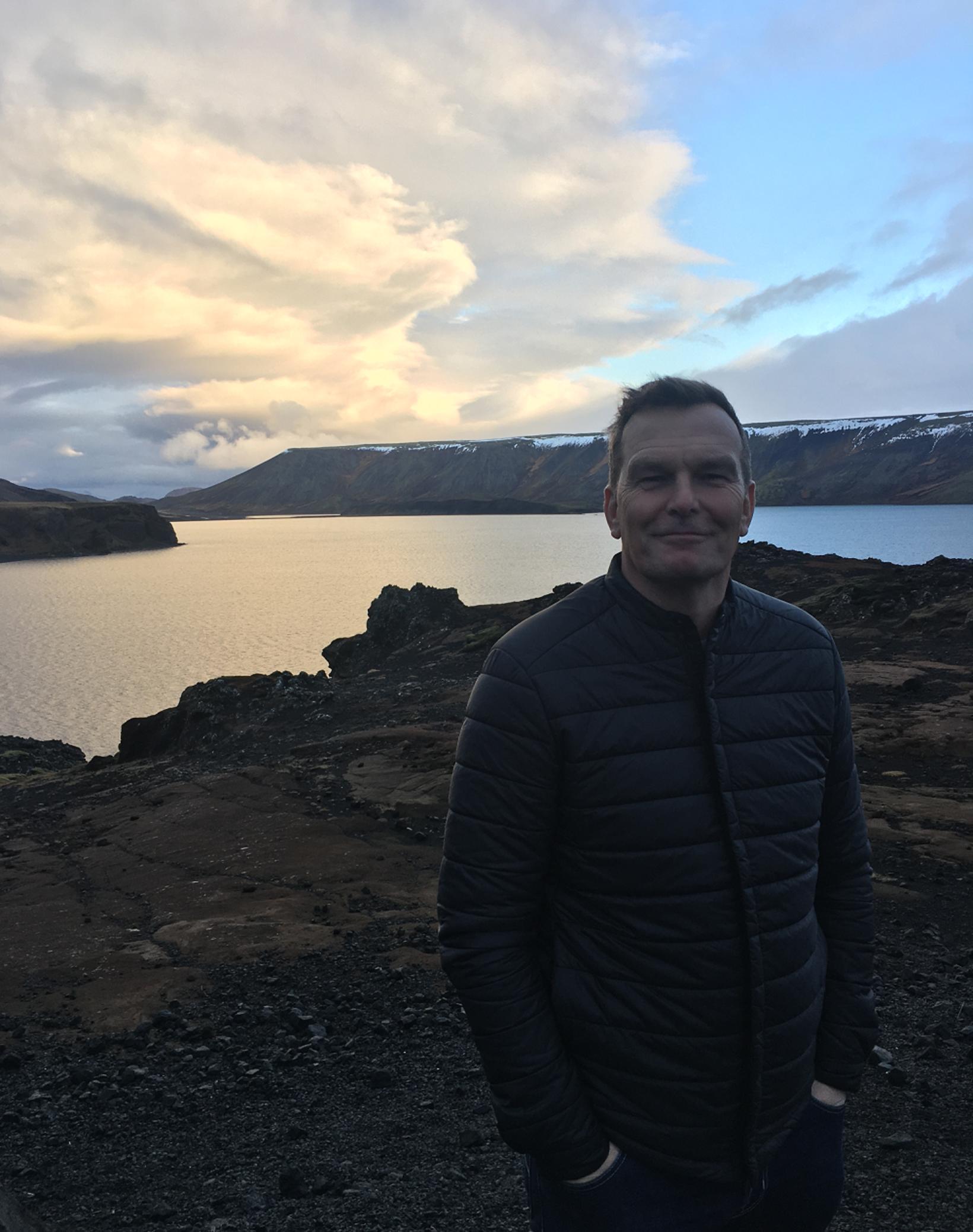 Logi var heillaður af fegurðinni við Kleifarvatn.