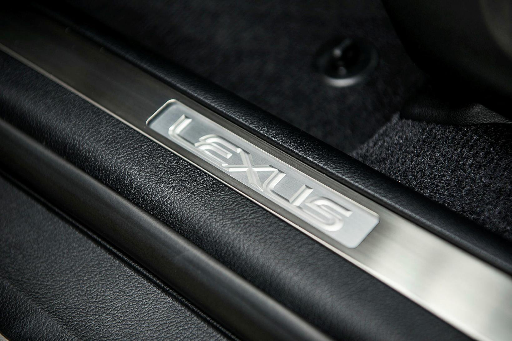 Lexus-nafnið var upphaflega valið úr 219 öðrum nöfnum