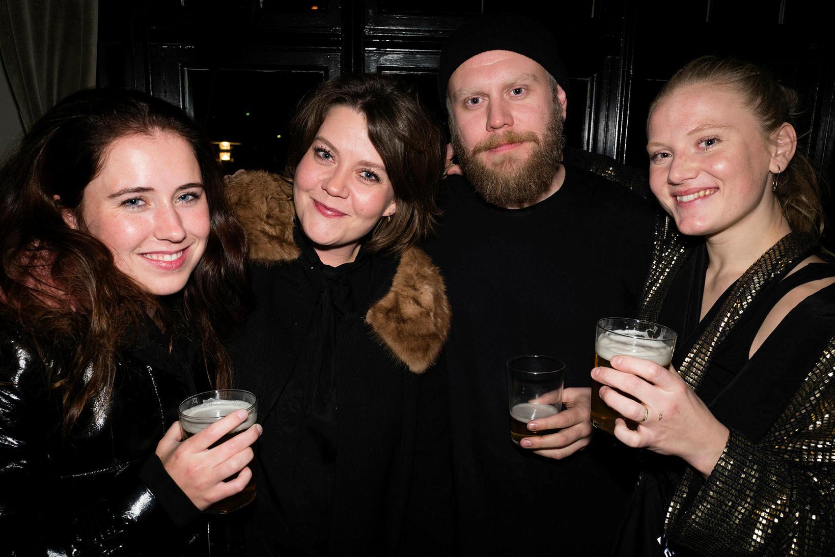 Rakel Tómasdóttir, Sigríður Thorlacius, Ásgeir Guðmundsson og Glódís Guðgeirsdóttir.