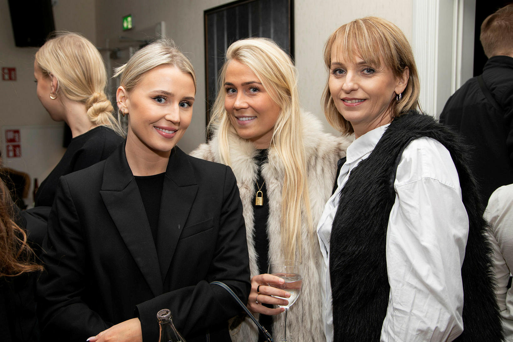 Hildur Sif Hauksdóttir, Jóna Kristín Hauksdóttir og Kristjana Una Gunnarsdóttir.