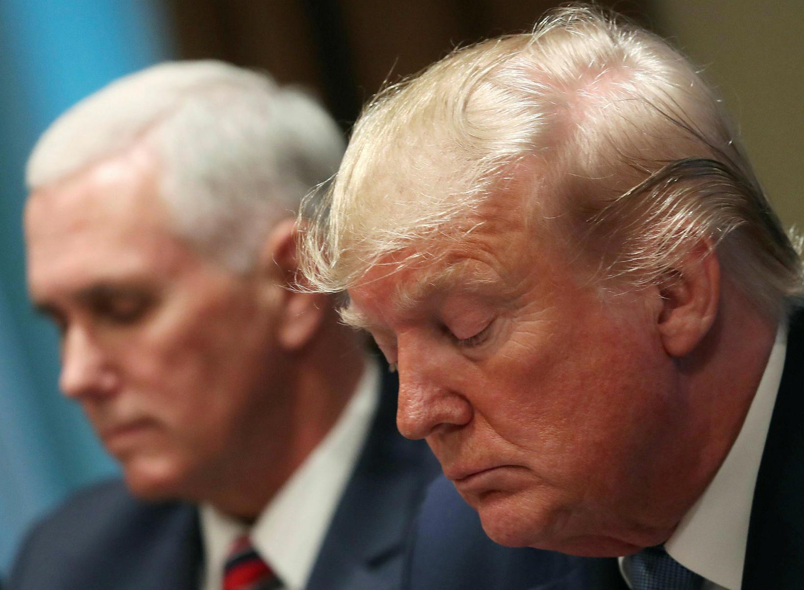Trump neitar sök .