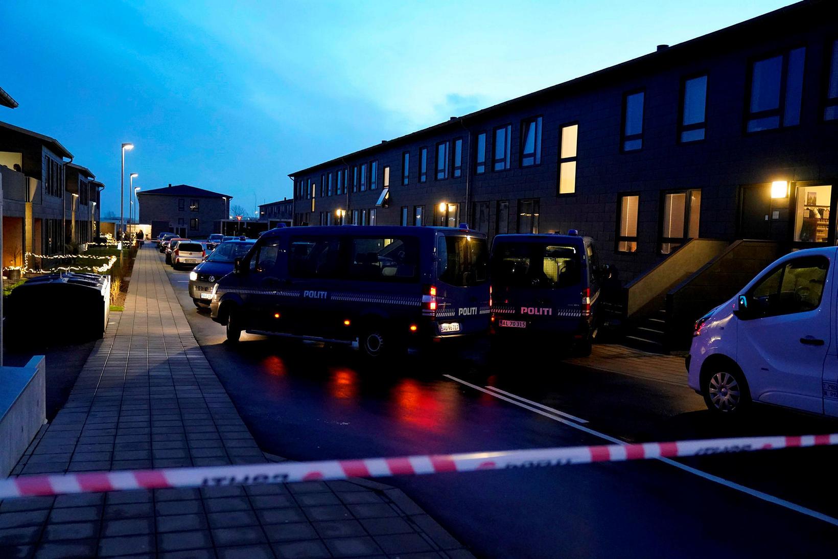 Danska lögreglan hafði uppi mikinn viðbúnað í gær, meðal annars …