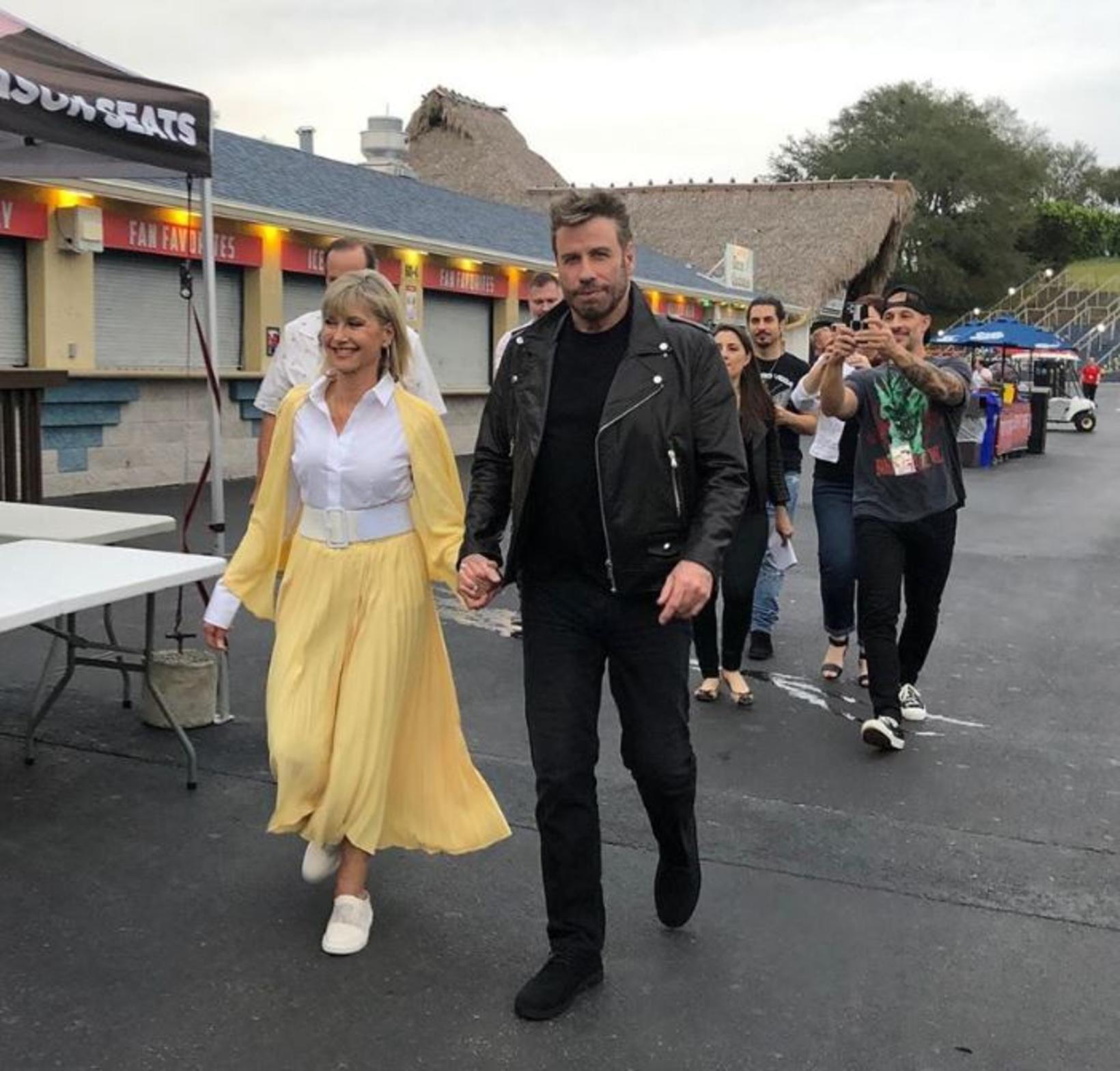 Olivia Newton-John og John Travolta sameinuð á ný í hlutverkum …