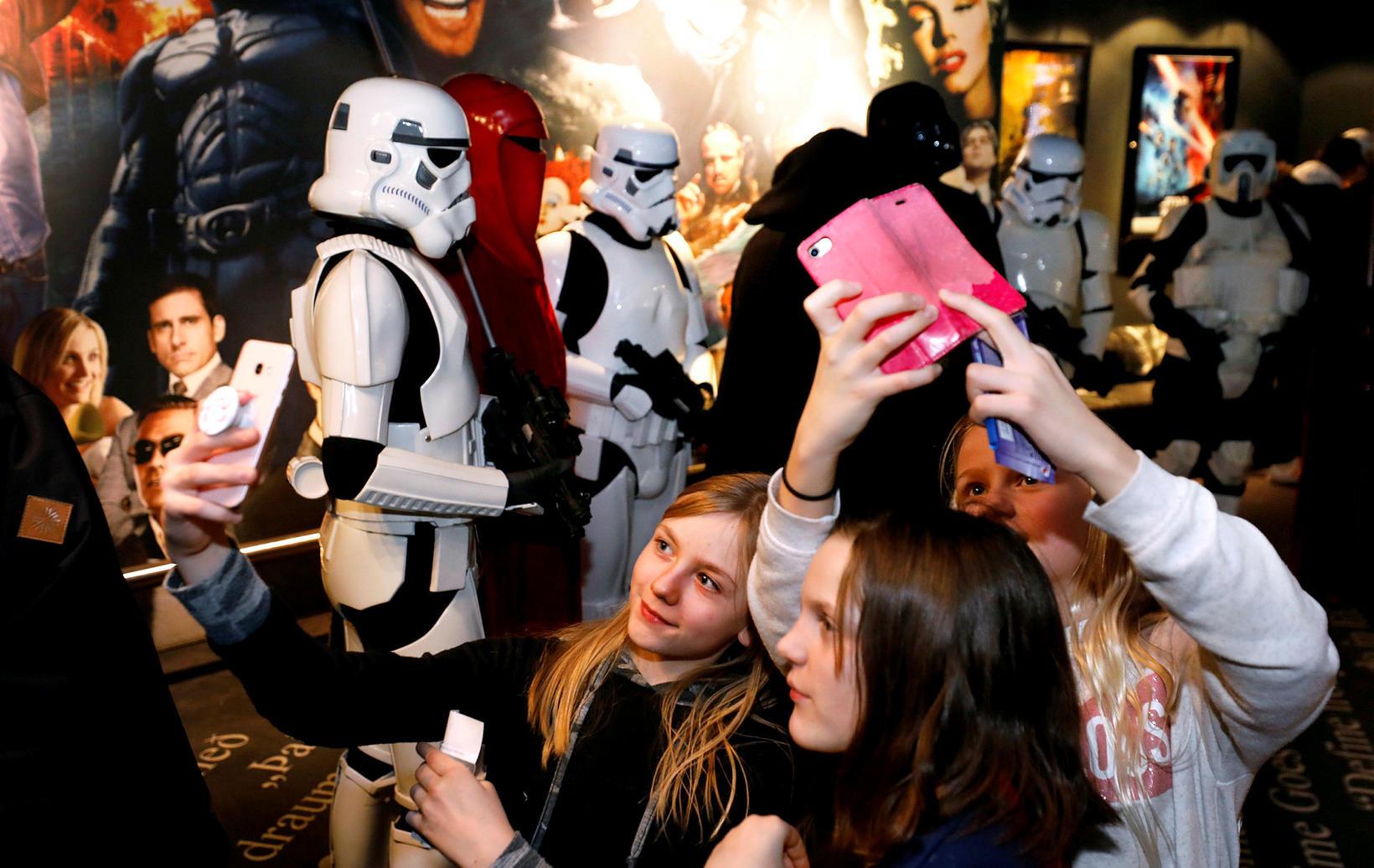 Sambíóin Kringlunni sýndu saman myndirnar Star Wars: The Force Awakens, …