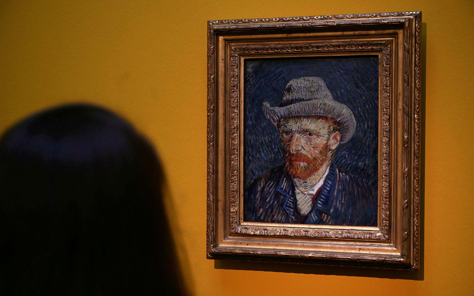Bannað að taka myndir á Van Gogh-safninu.
