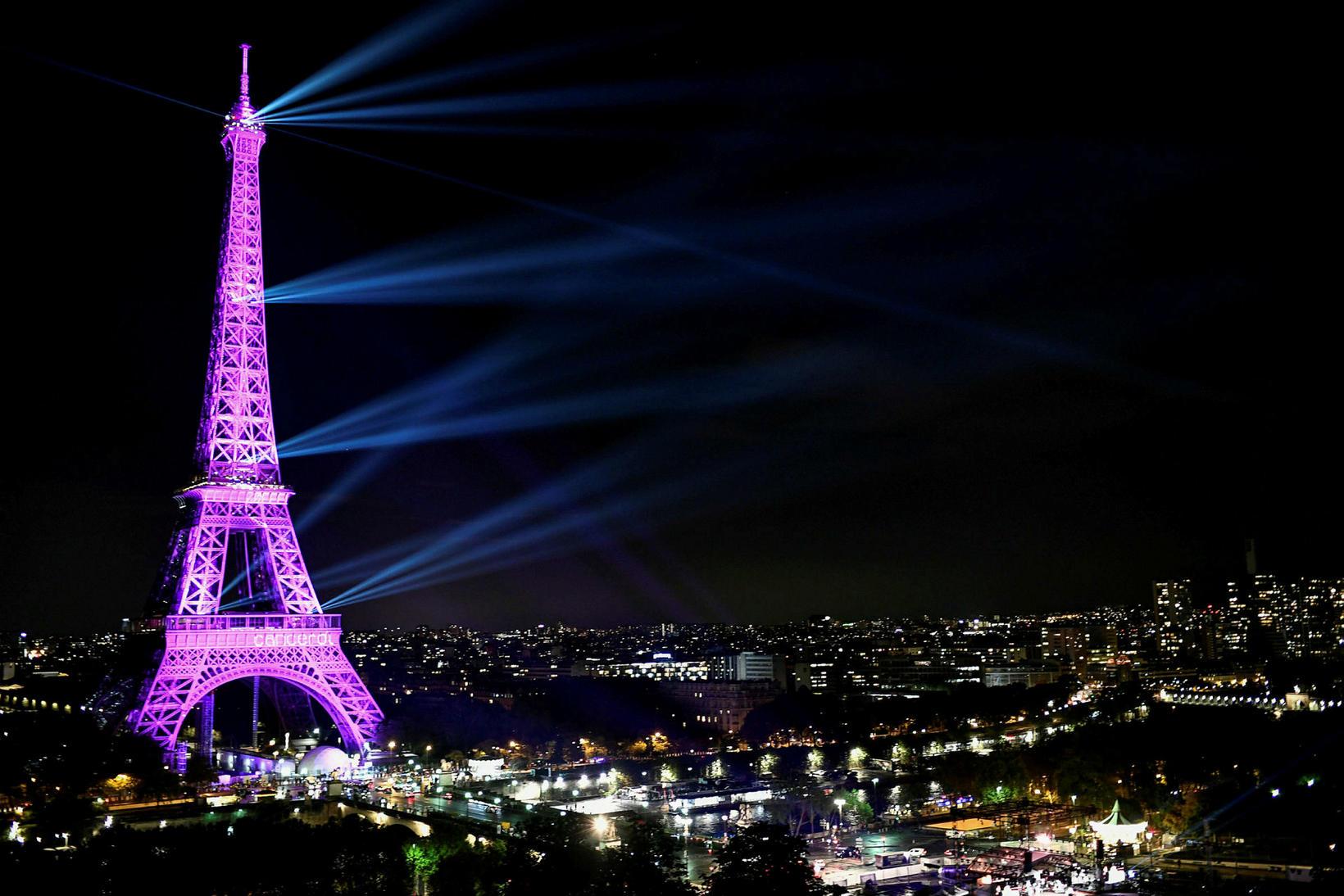Enginn hefur verið sektaður fyrir að taka myndir af Eiffel ...