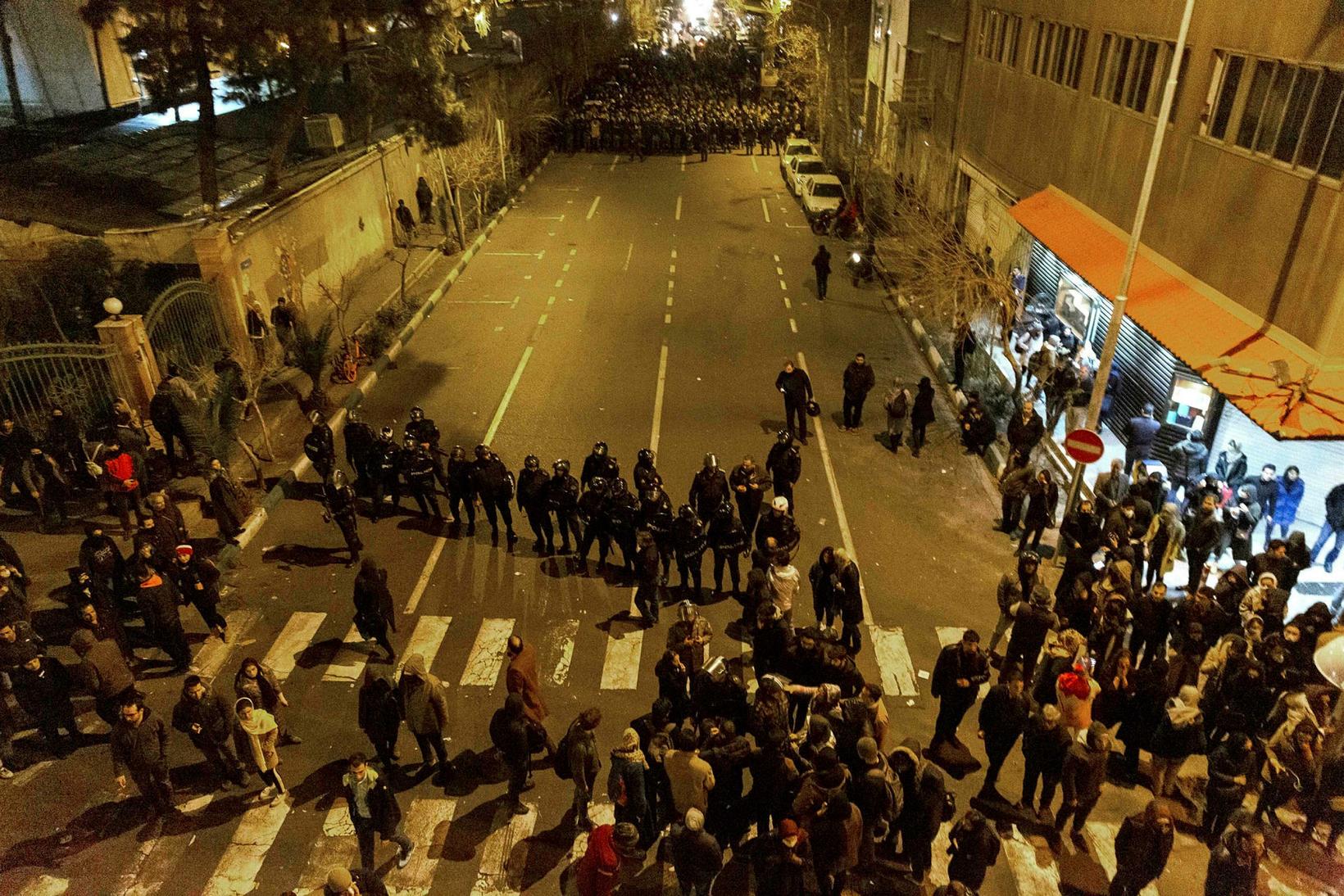 Frá mótmælum í Teheran á laugardaginn.