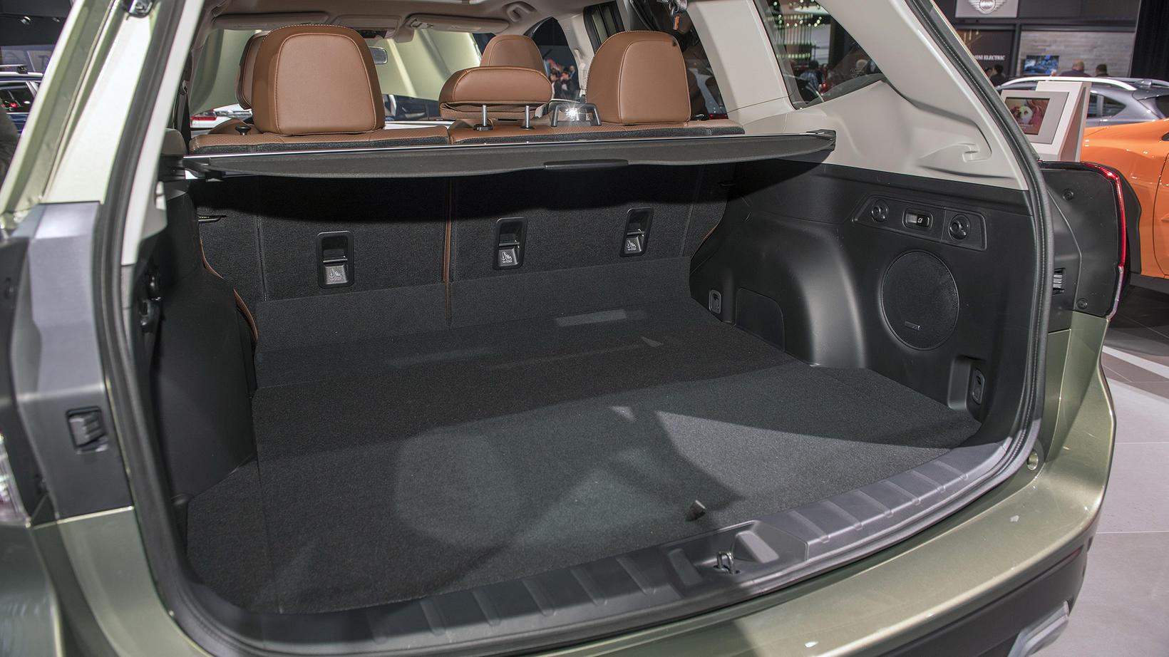 Subaru Forester e-Boxer Hybrid verður frumsýndur hjá BL á morgun.