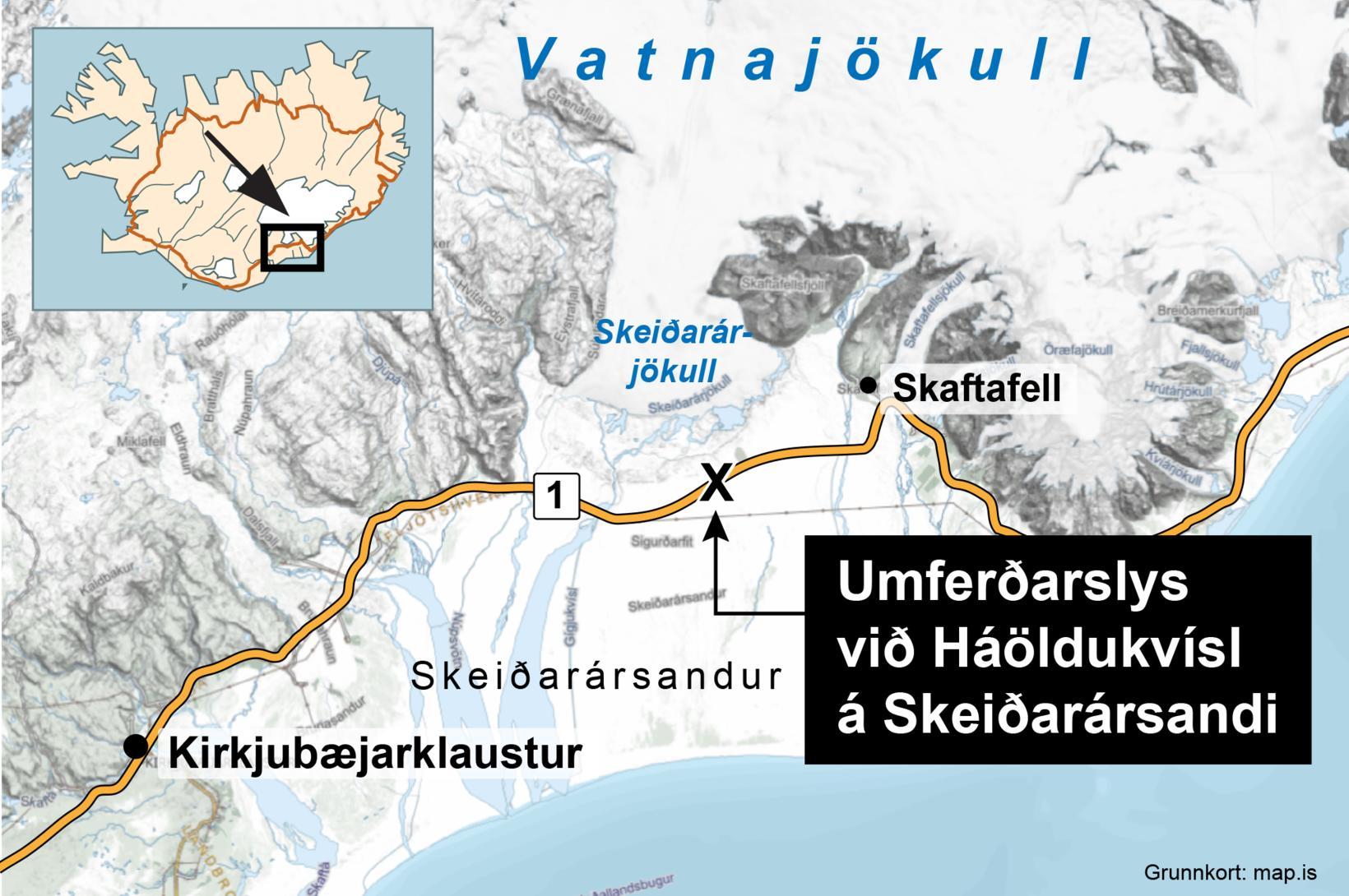 Fjórir eru alvarlega slasaðir, þar af þrjú börn, og tveir …
