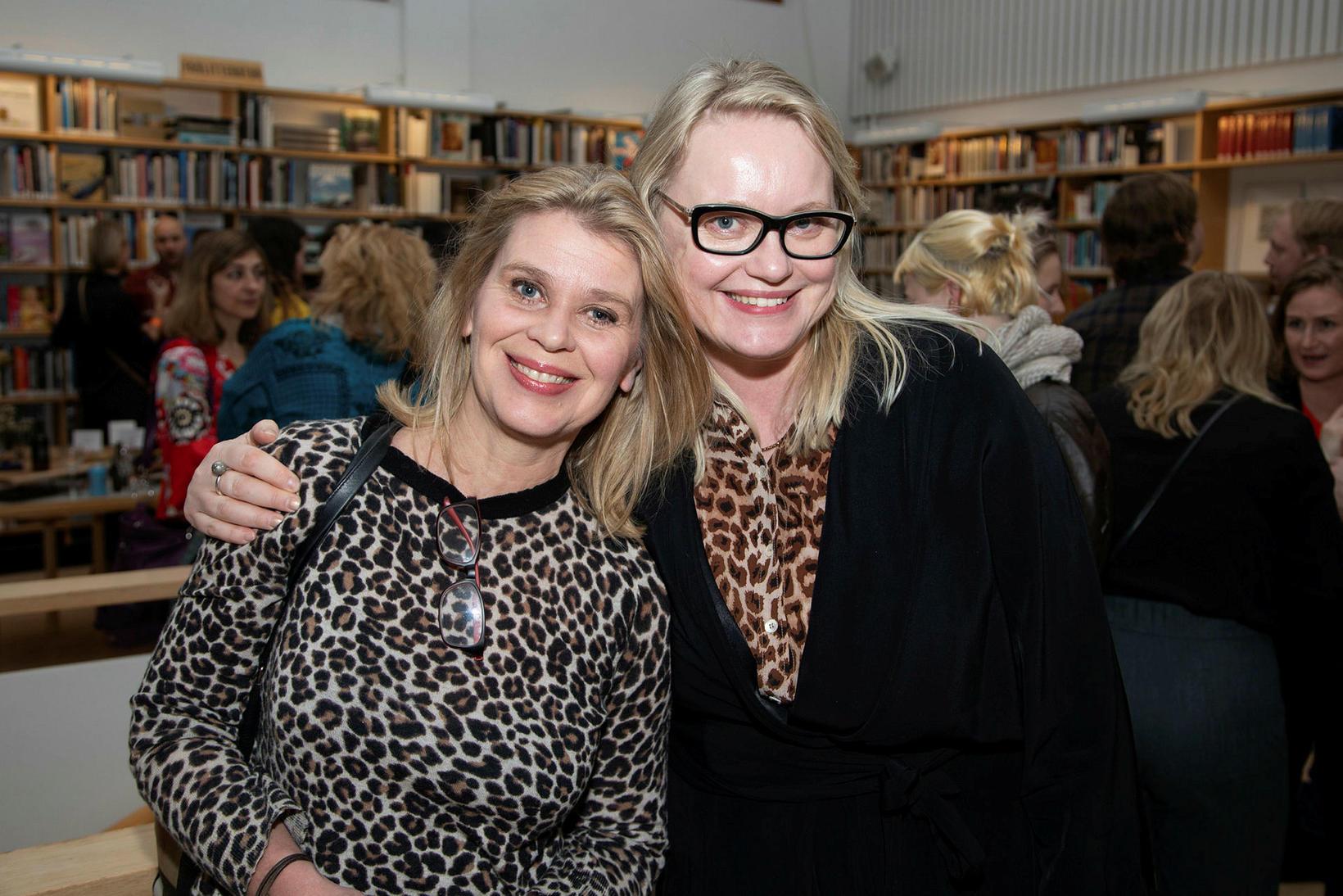 Björk Bjarkadóttir og Harpa Þórsdóttir.