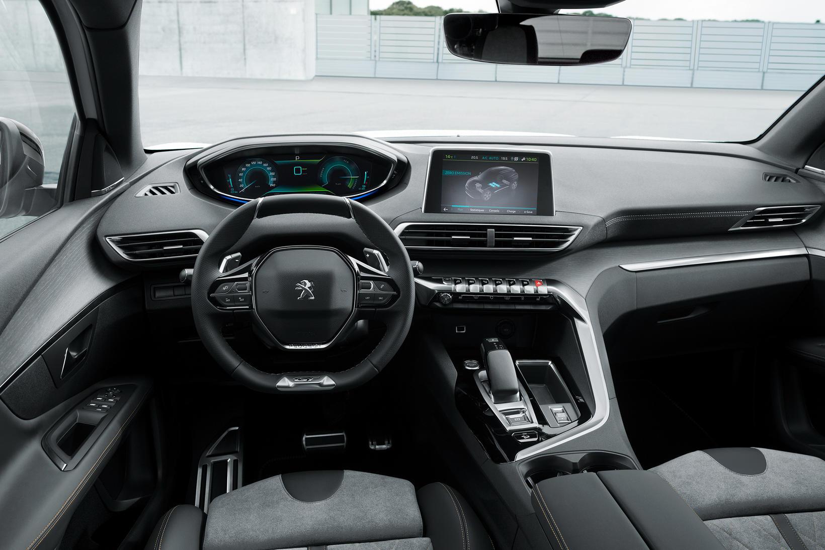 Tengiltvinnbíllinn Peugeot 3008 PHEV.
