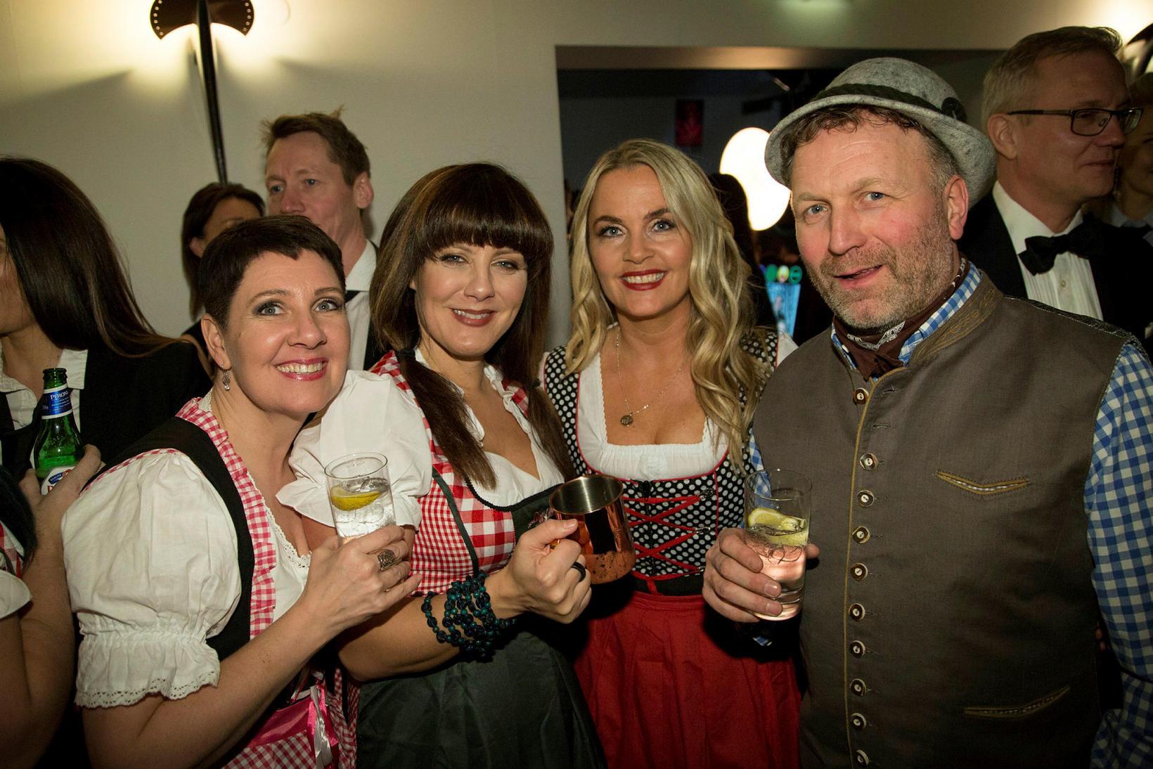 Inga Björg Stefánsdóttir, Eva Ingimarsdóttir, Unnur Teitsdóttir og Hannes Birgisson.