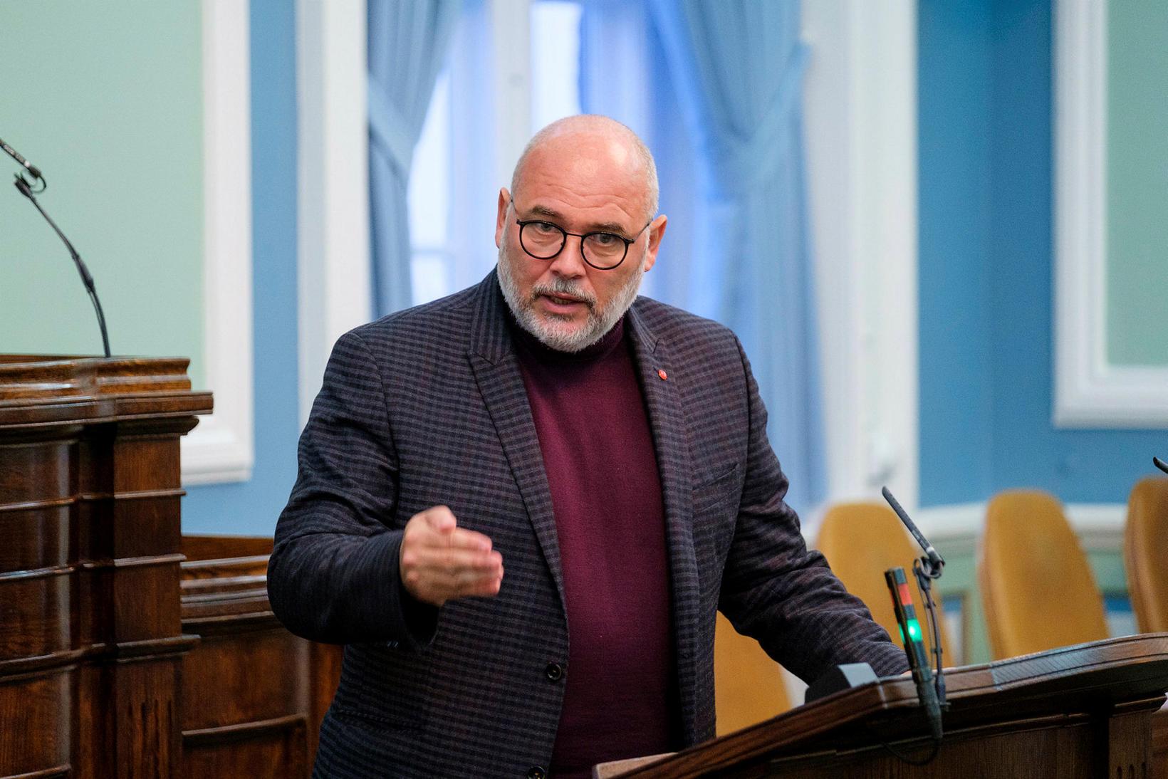 Logi Einarsson.
