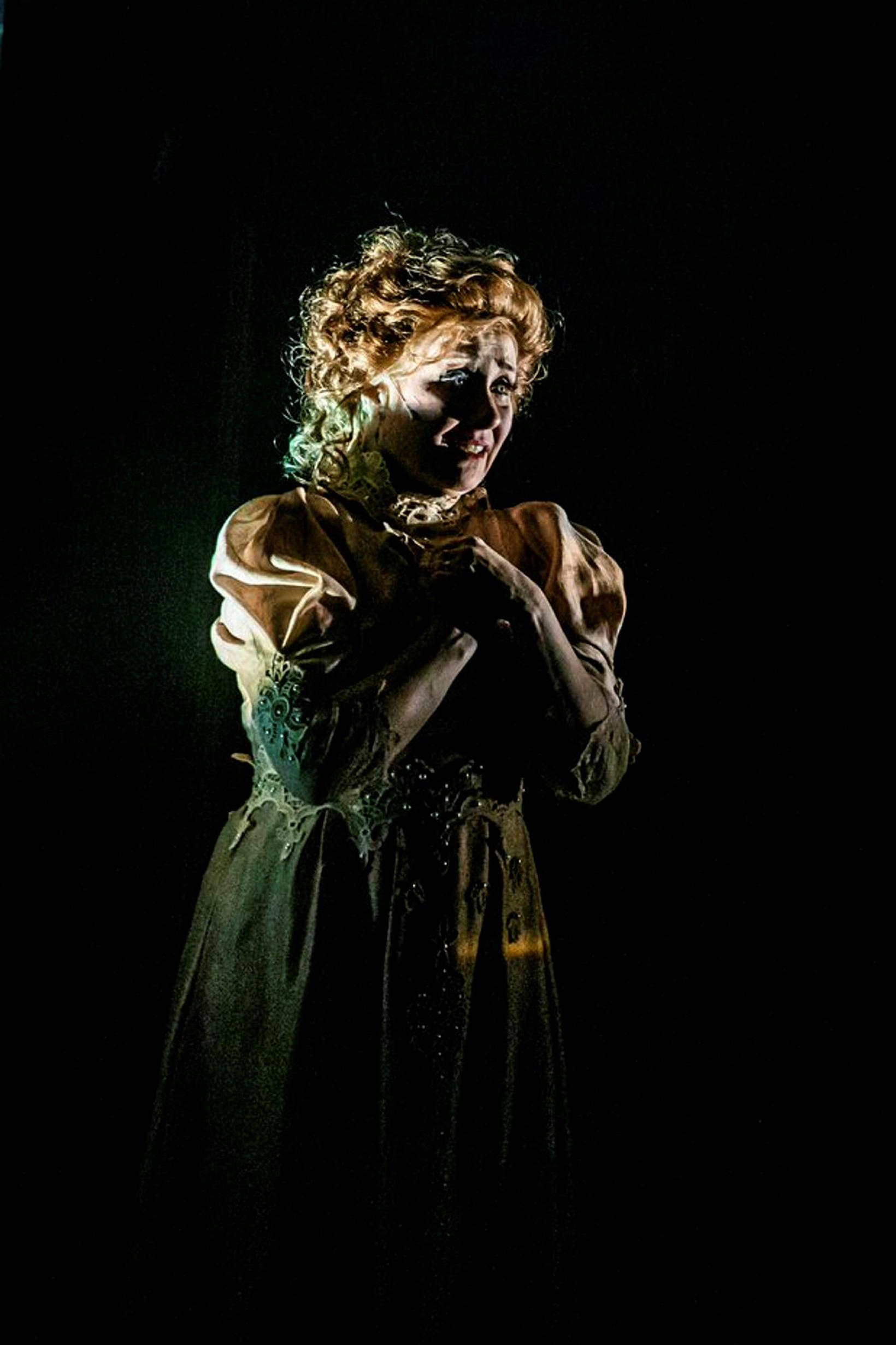 Edda Björg í einu af hlutverkum sínum í Vorið vaknar.