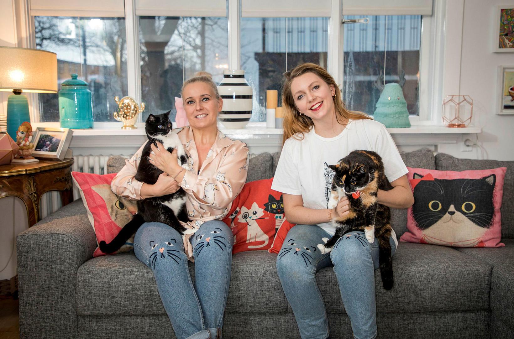 Ragnheiður Birgisdóttir og Gígja Sara Björnsson eru miklar kisuvinkonur og …