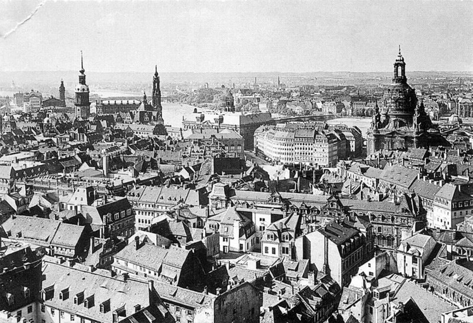 Gamli bærinn í Dresden, Altstadt, um 1910, fyrir báðar heimsstyrjaldir. …