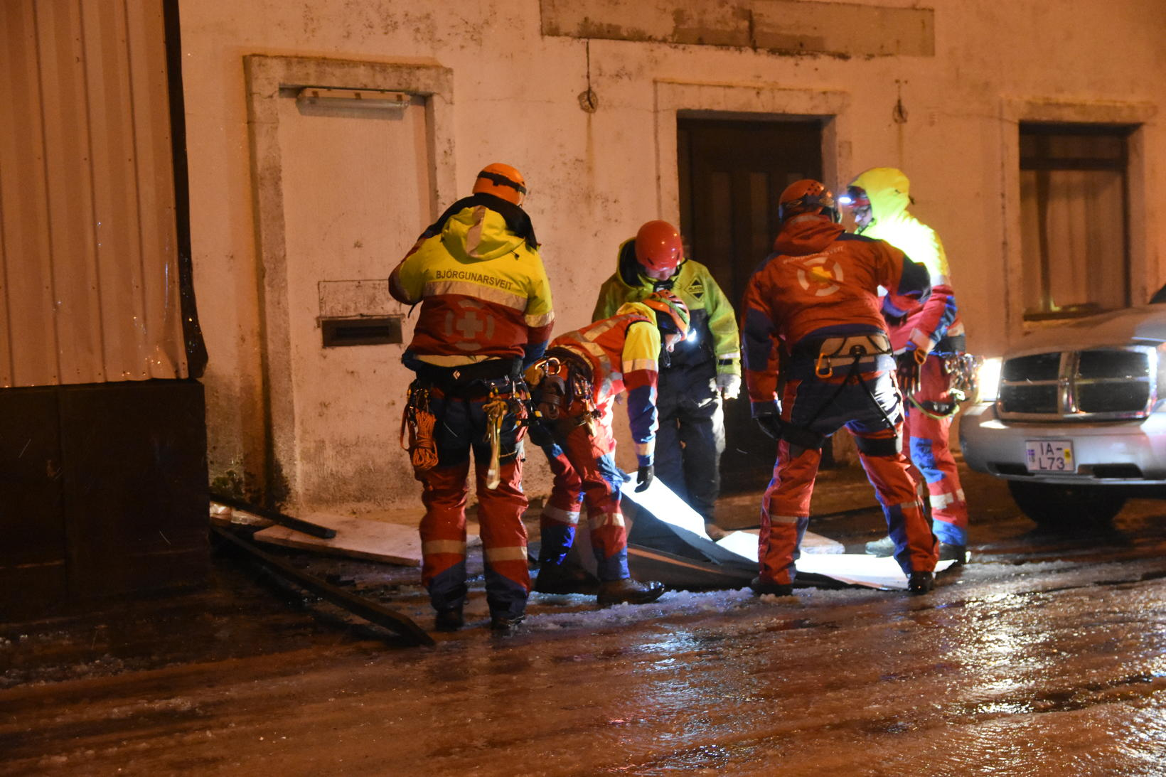 Rescue workers in Vestmannaeyjar, at 3 am.
