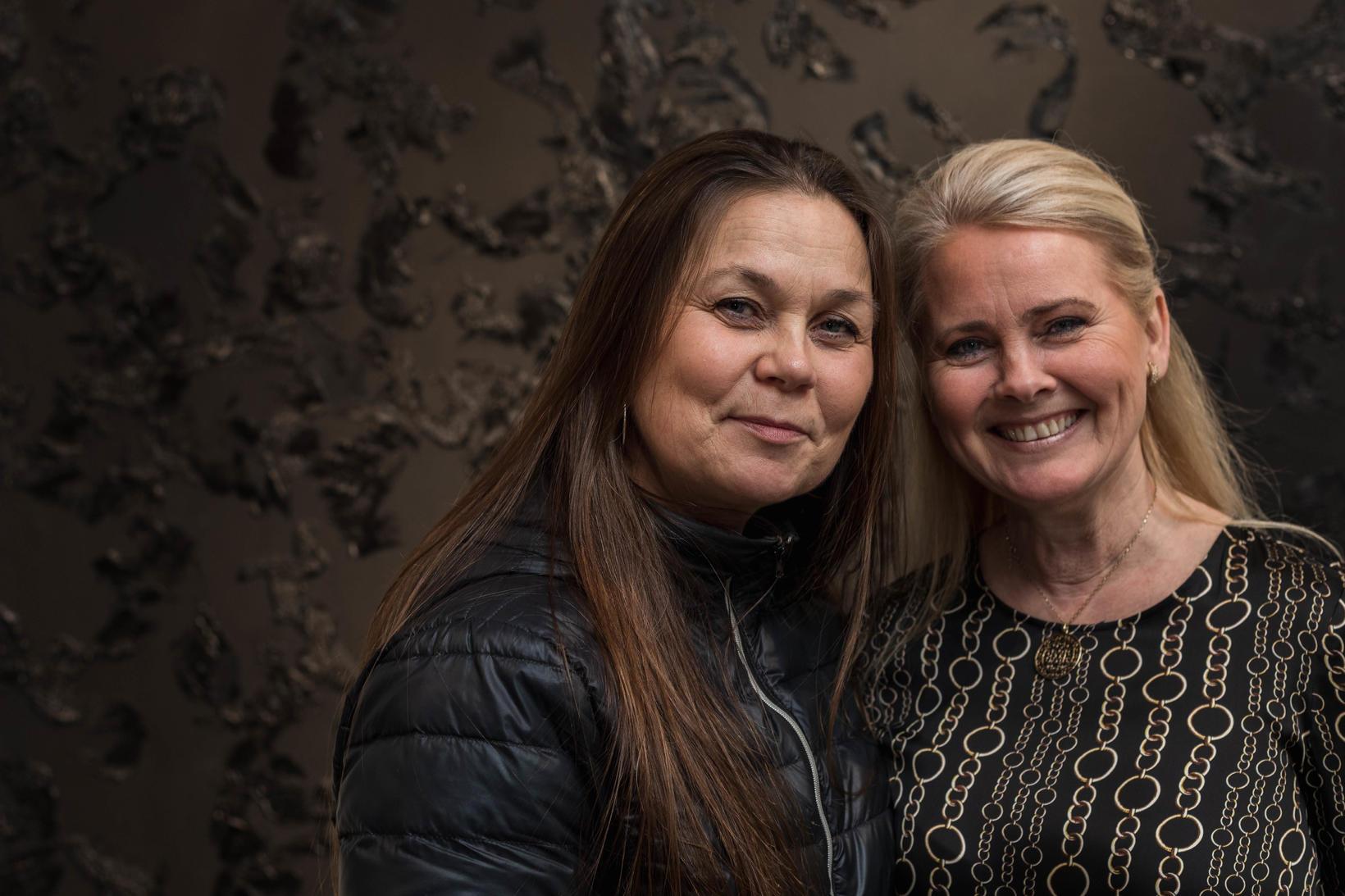 Erla Ólafsdóttir og Laufey Johansen.