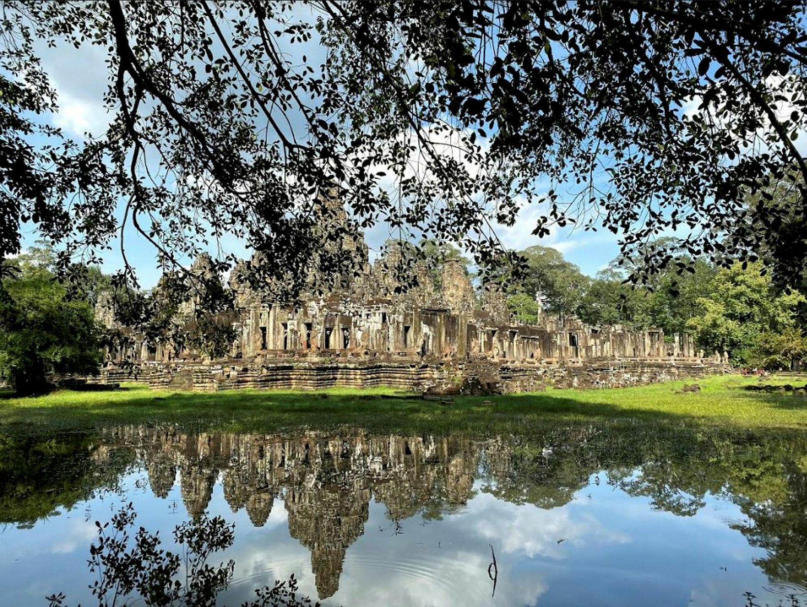Angkor Wat í Kambódíu.