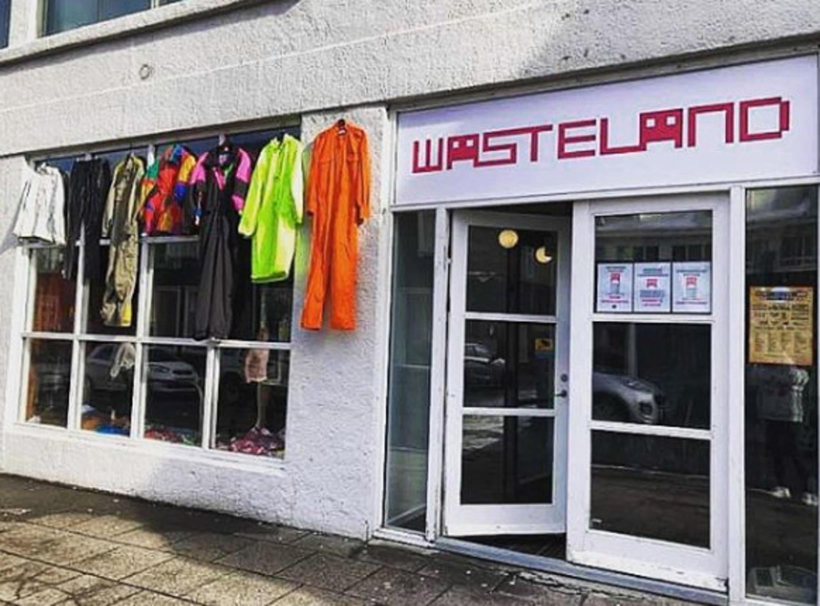 Wasteland verslunin er að Ingólfstræti 5.